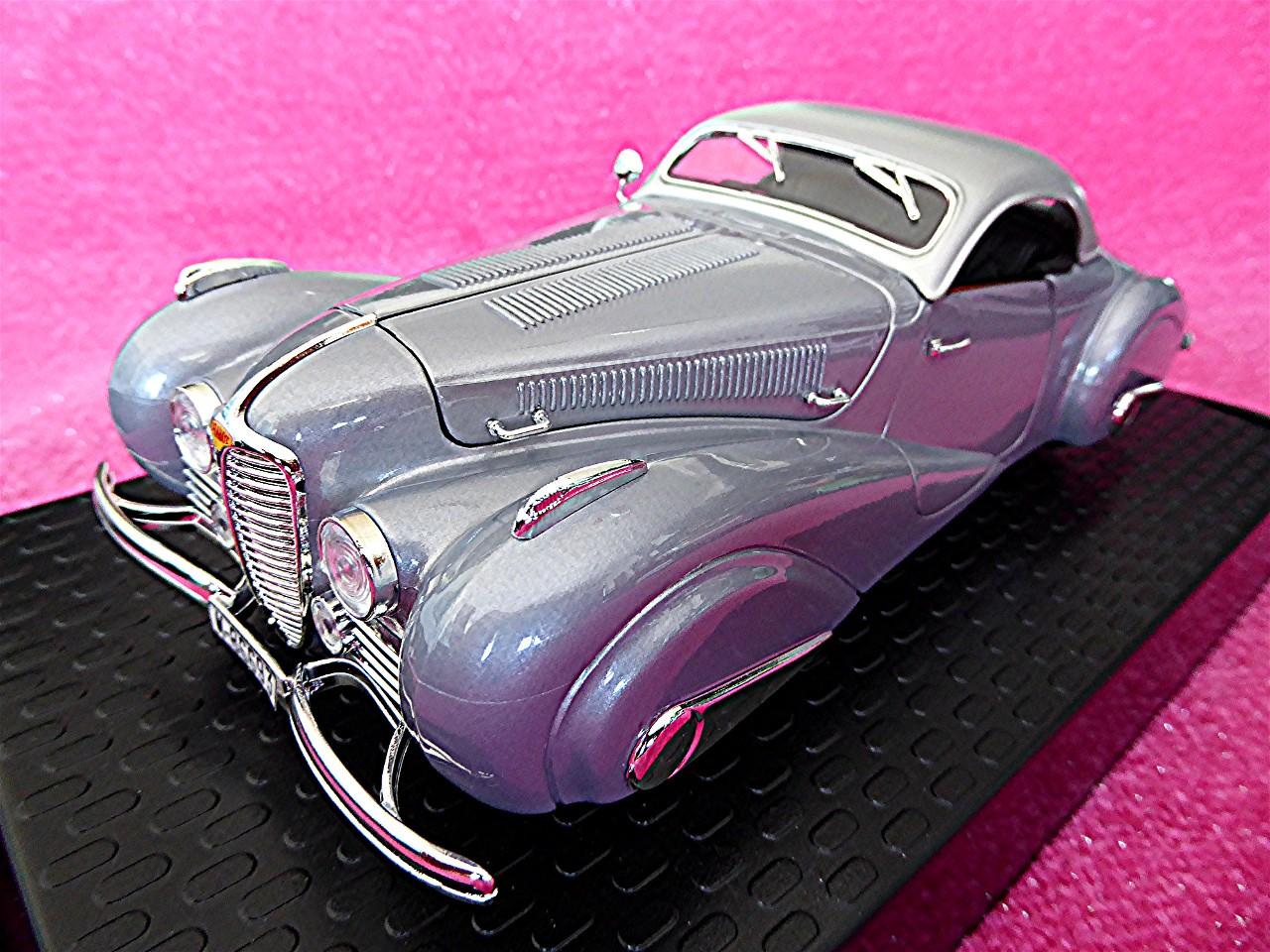Delahaye 165 Coupe silber 1937
