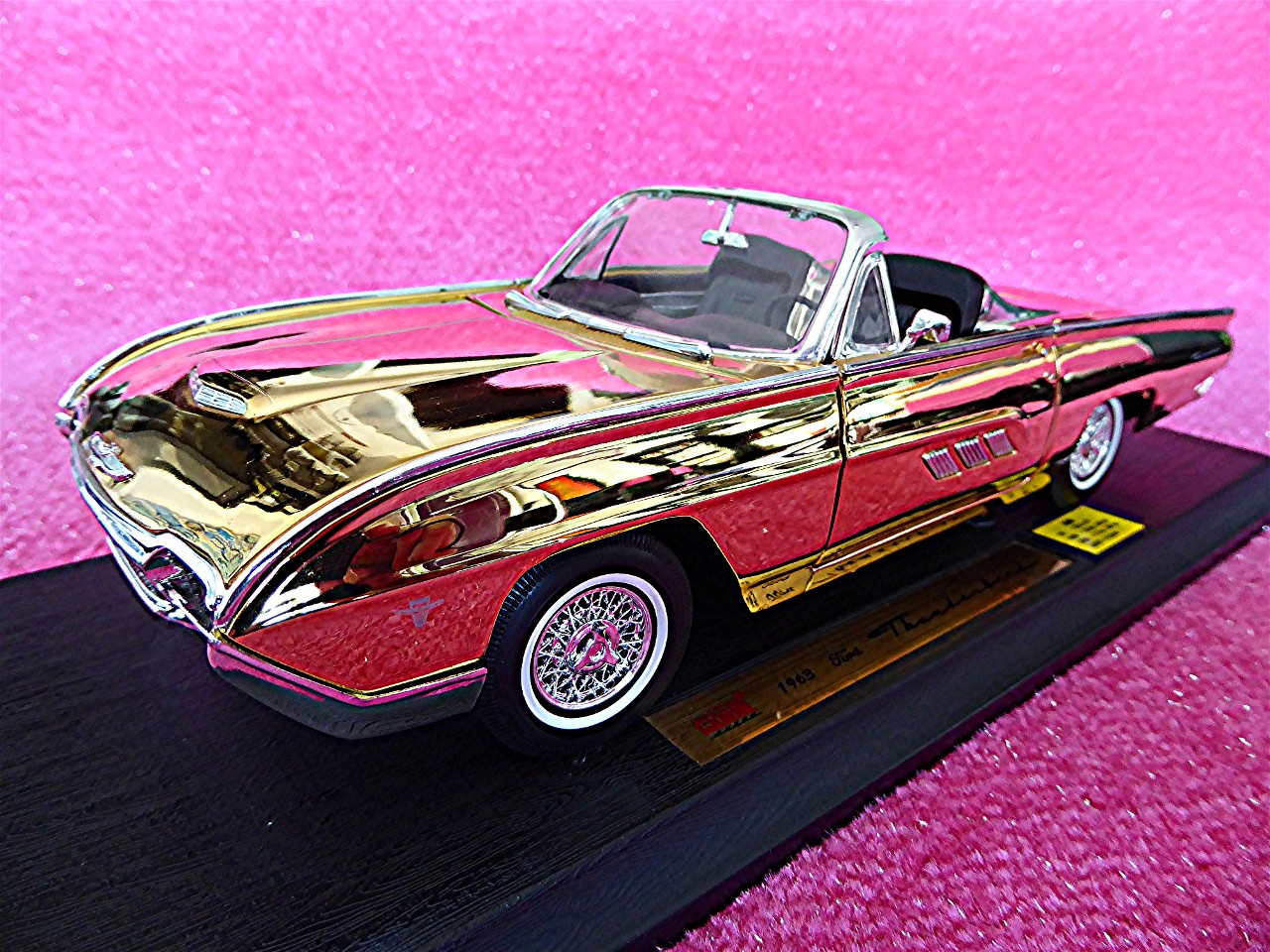 Ford Thunderbird Roadster gold 1963