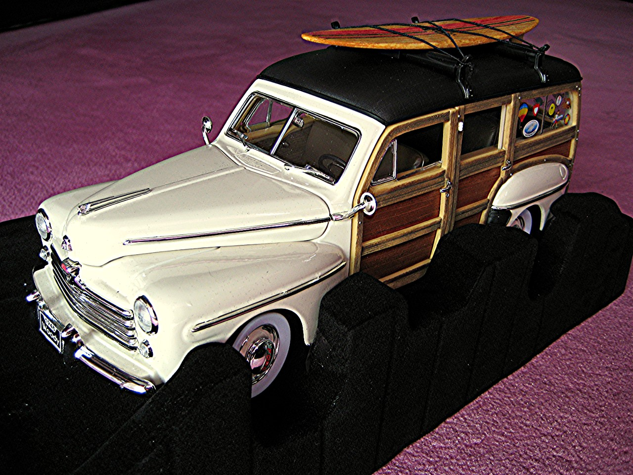 Ford Woody creme 1948