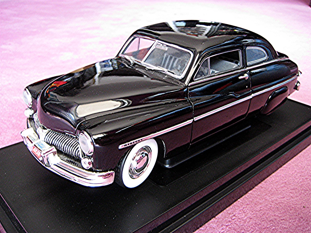 1:18 Mercury Coupe James Dean 1949 schwarz
