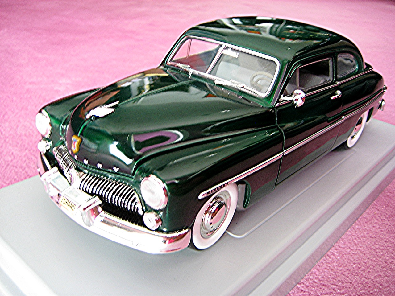 1:18 Mercury gruen-metallic 1949