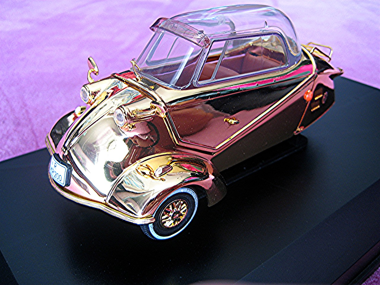 Messerschmitt KR200 gold 1957