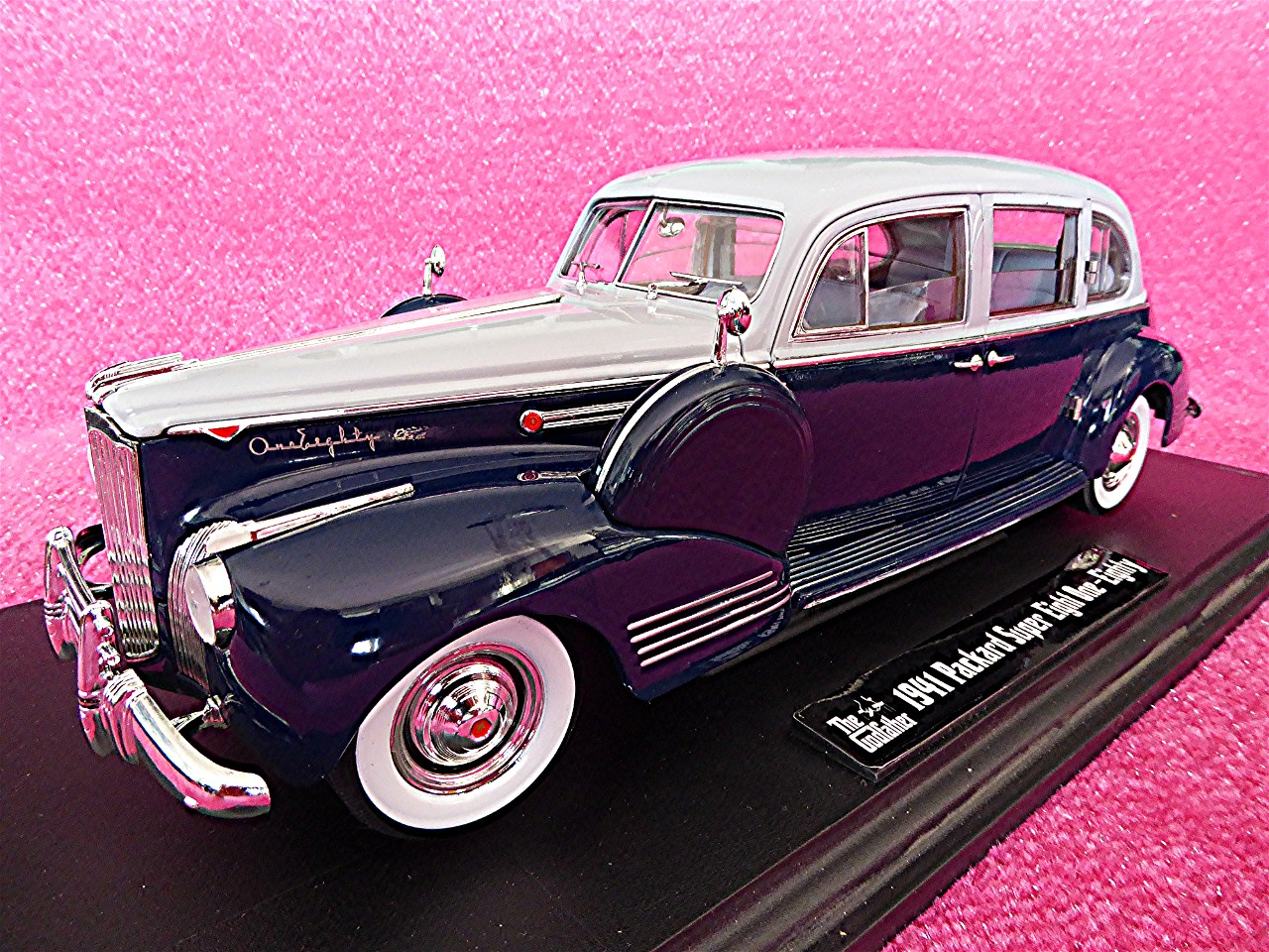 1:18 Packard Limousine Super Eight blau-grau 1941