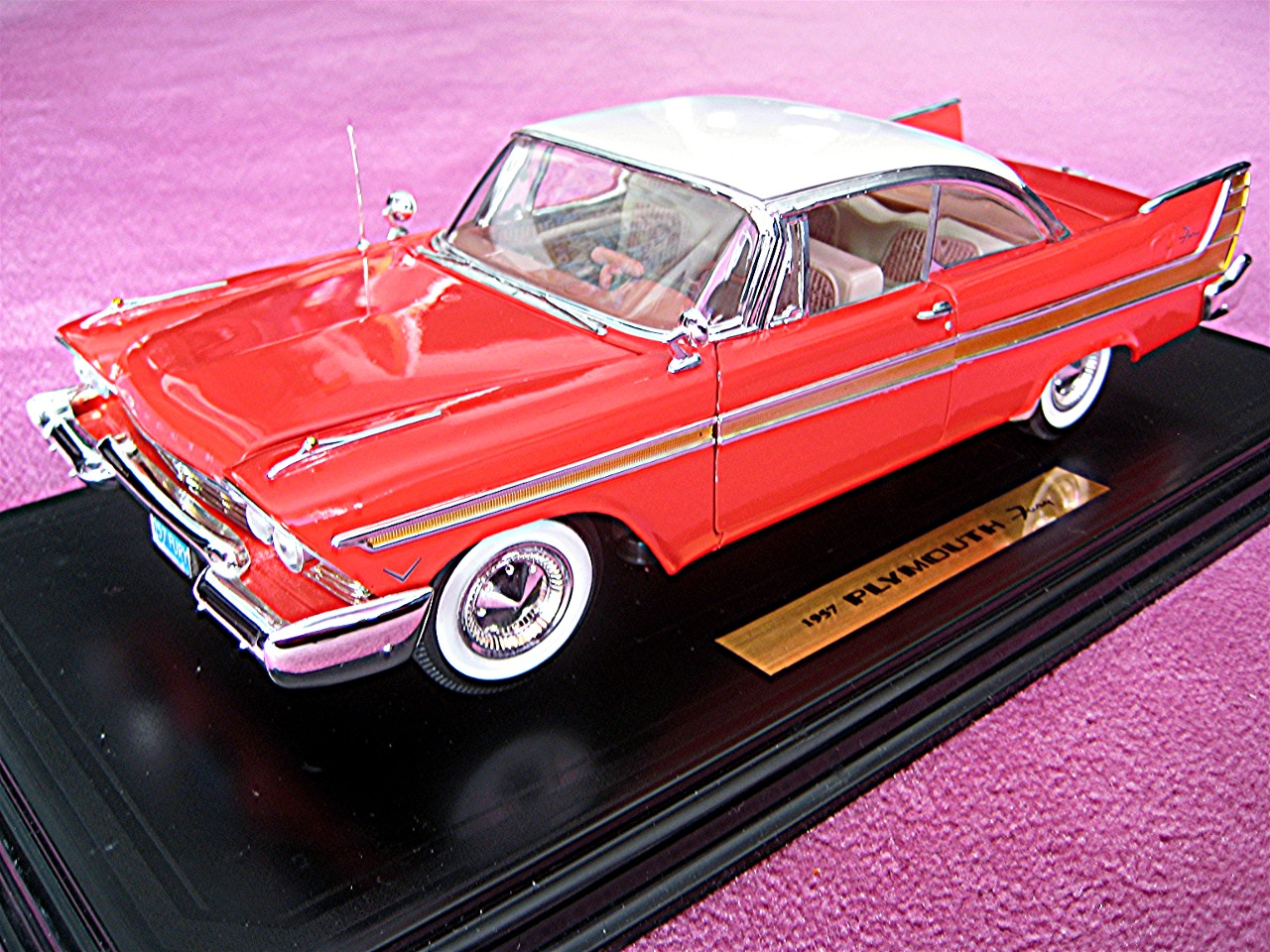 1:18 Plymouth Fury rot 1957
